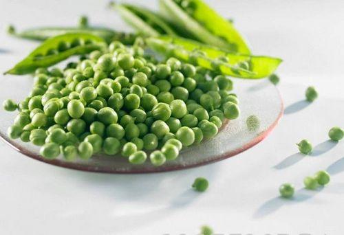 Свежий зеленый горошек вкусен и полезен