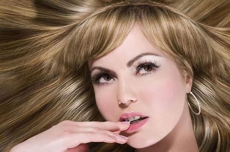 Пилинг головы для здорового роста волос