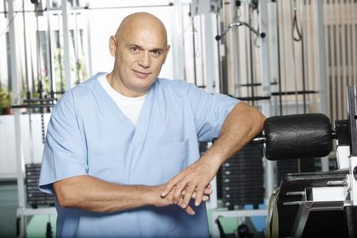 Доктор бубновский.лечение суставов растяжение сухожилий в локтевом суставе