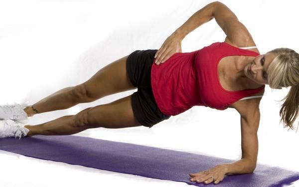 Выполнение упражнений дома - эффективный способ похудения