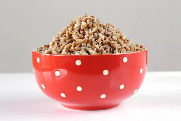 Гречка повышает давление или понижает: рецепты с гречкой от гипертонии.