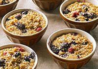Диетический завтрак: запеканка из овсянки с фруктами