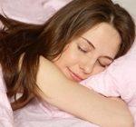 Строгий режим сна поможет сохранить вес в норме