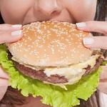 Фаст-фуд и жирная пища повышают риск рака груди