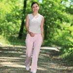 Утренние прогулки способствуют снижению избыточного веса