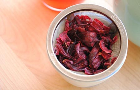 Чай каркаде: противопоказания