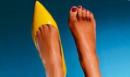Когда сухая кожа на ногах становится проблемой