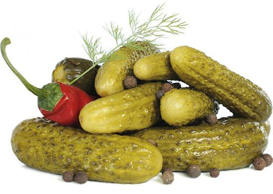 Чем полезны соленые и маринованные огурцы для организма человека. Солёные огурцы — польза и вред для организма человека