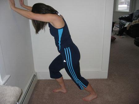 Эффективная и полезная гимнастика стретчинг: польза, противопоказания, видео уроки