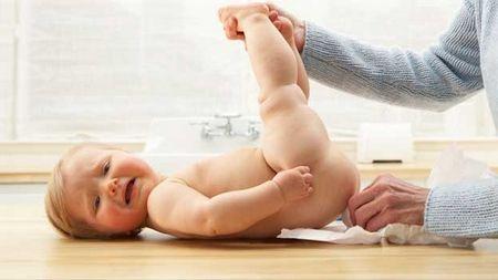 Когда новорожденным начинают делать массаж
