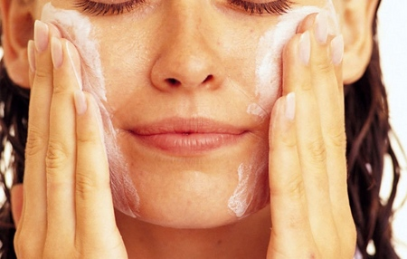 Лучшая маска для жирной кожи лица