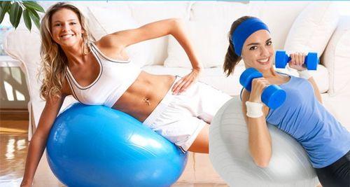 Упражнения на шаре