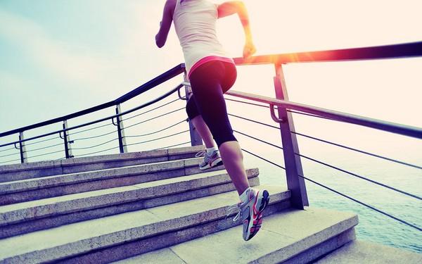 Ходьба по лестнице для похудения: польза ходьбы по лестнице ...
