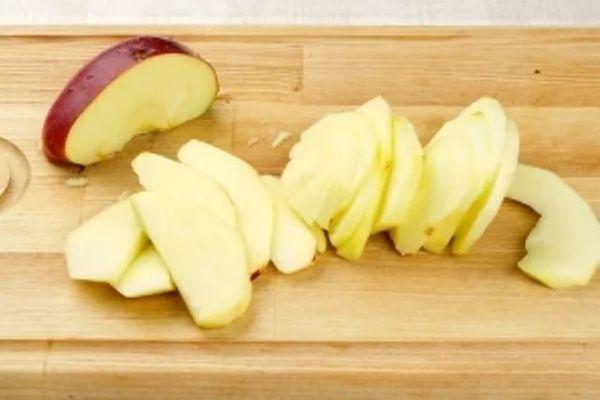 творожно-яблочный пирог в мультиварке