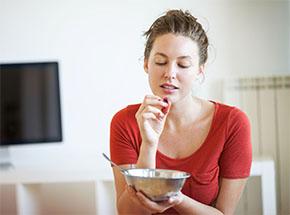 Плохо и быстро жуете? К чему это может привести