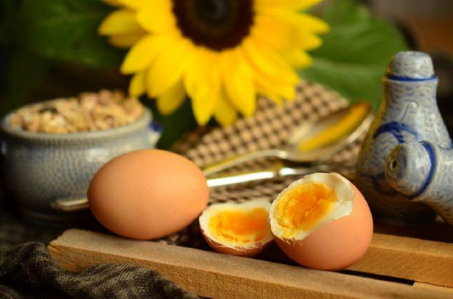 Калорийность яйца вареного и сырого
