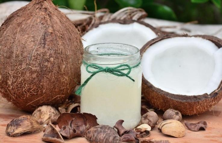 Как применять кокосовое масло для лица: 3 рецепта масок