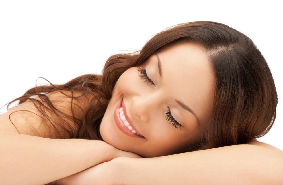 Секреты бьюти-сна: как спать, чтобы сохранить молодость кожи