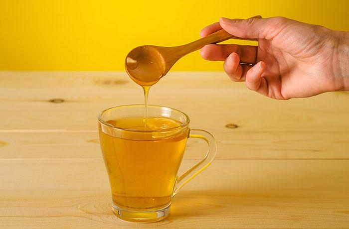 Вода с медом натощак: сплошная польза для фигуры и здоровья