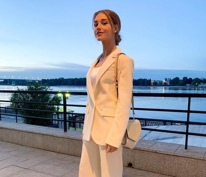 Кристина Асмус на море