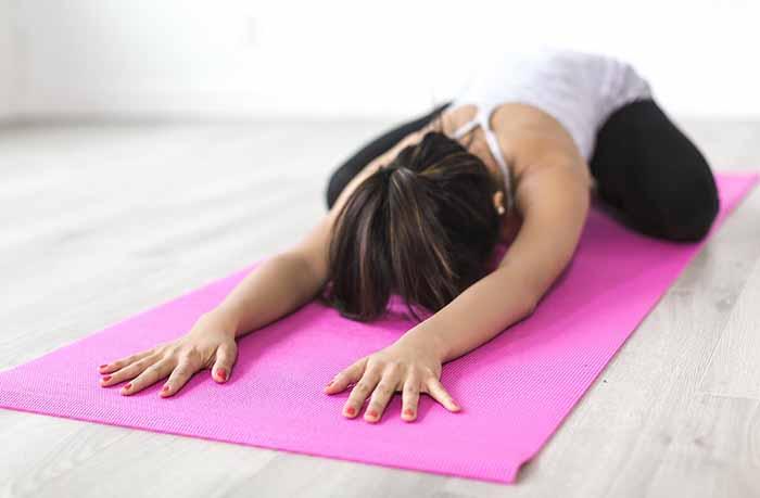 Йога для спины: лечение сколиоза