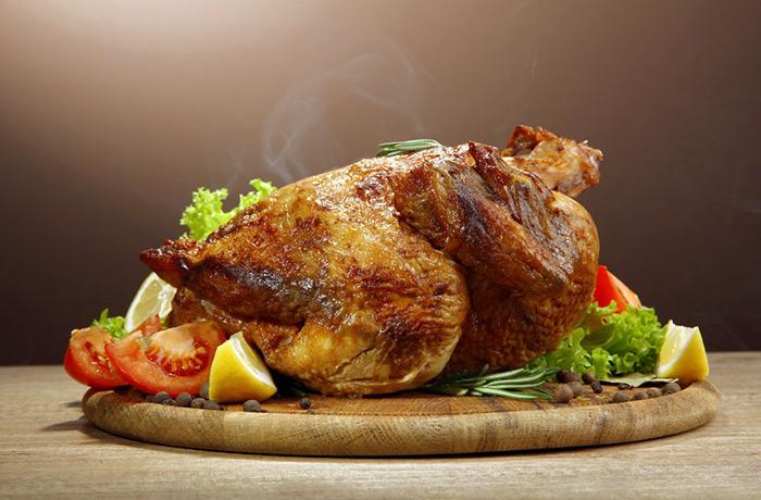 Калорийность курицы отварной, жареной, запеченной: таблица на 100 грамм